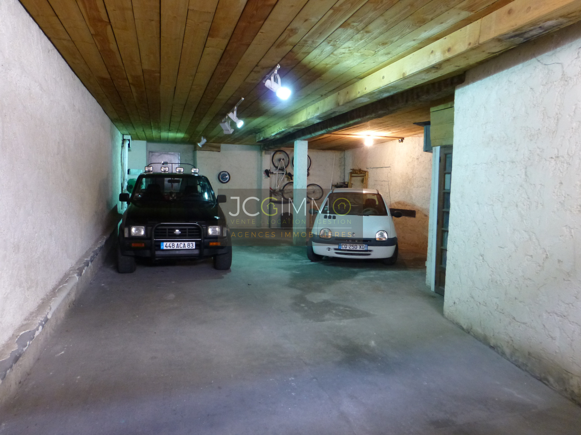 Vente maison loft exceptionnelle unique avec immense garage for Location garage sollies pont